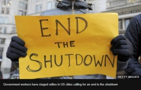 US shutdown: Trump urged to temporarily reopen government