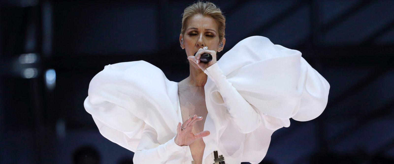 Celine Dion gives emotional performance of My Heart Will Go On